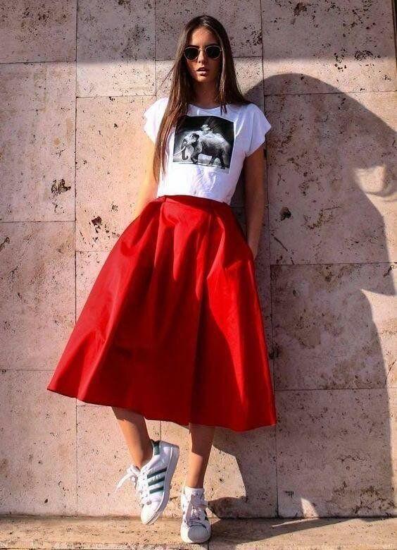 юбка колокол с кедами